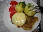 Подавать это блюдо можно с любым гарниром, и даже свежая отварная картошечка, посыпанная укропчиком, придётся очень кстати, ведь мы готовим ужин в стиле фьюжн!